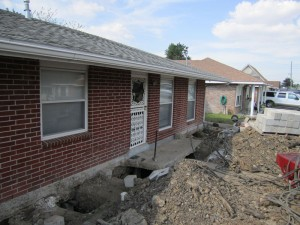 Roubion Shoring is Raising a house in New Orleans